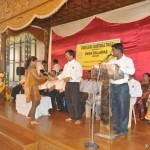 Scholarship Distribution at Kudroli 05-08-2012 93